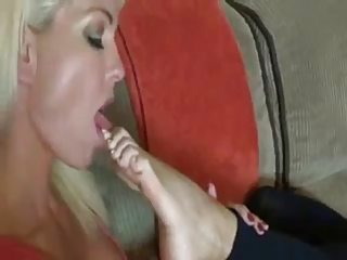 milf and ain her daughter feet adore games