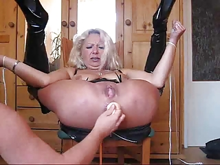 Johnny rockard gives welsh bdsm milf bella pain and pleasure