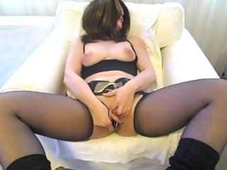 babe inside nylons dildoing