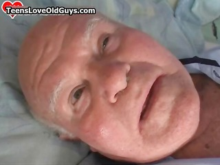 amateur girl licking of a grandpa part3