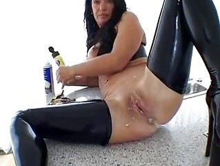 extreme sweet mature babe fresh wife horny messy