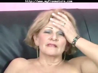 dirty mature obtains fucked by muscle man mature