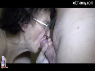 elderly cougar and young babe trying cock sucking