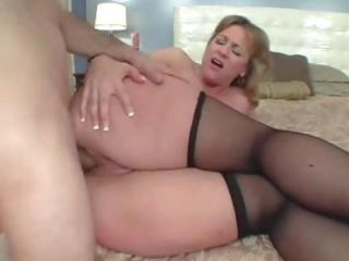 big arse mommy adores the ass fuck