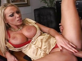 bleached woman with giant bossom obtain a dick on