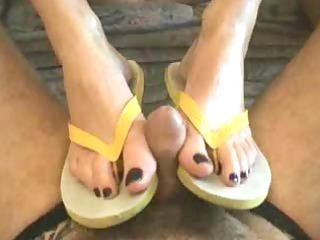 flip flop work by snahbrandy
