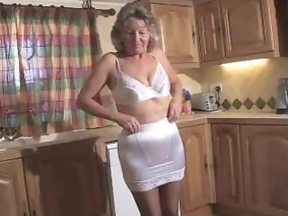sweet old into ebony pantyhose playing on the