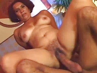 naughty ethnic woman prefers raw kitty fuck
