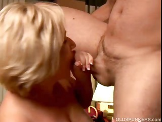 wonderful older loves to give a sloppy rimjob