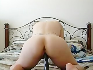 tracy from chicago banging herself with a bunch