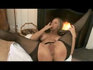 aged mommy pantyhose & difficult hawt nipps